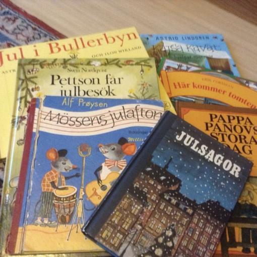 De här fanns i vår bokhylla #barnböcker #julböcker #anne charlotte lm LitteraturMagazinet